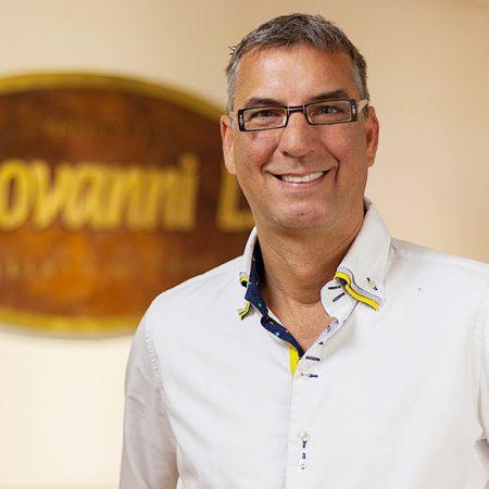 Giovanni-L-Staff-Olaf-Banderob